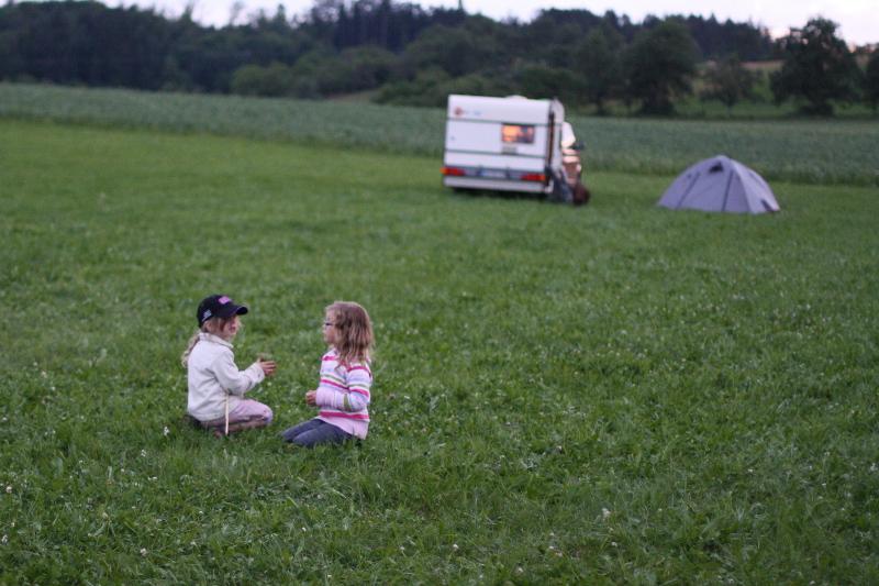 Camping auf der Wiese